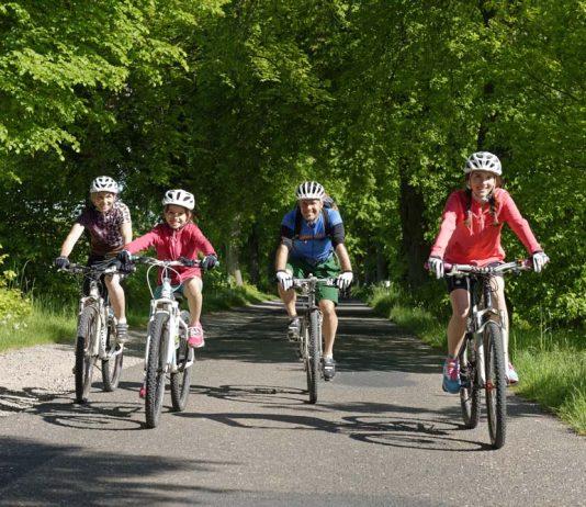 સાયકલિંગનો સૌથી મોટો ફાયદો છે કે તેનાથી મૂડ ફ્રેશ થઈ જાય છે અને નવી ઉર્જાનો સંચાર થાય છે.