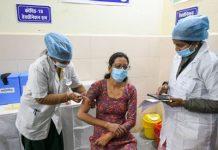આ દરમિયાન અલગ અલગ રાજ્યોમાં કોરોના વાયરસ સામે રસીકરણ અભિયાન પણ ઝડપથી ચાલી રહ્યુ છે અને અત્યાર સુધી 89,99,230 લોકોને રસી આપવામાં આવી ચૂકી છે.